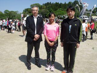 田中律子さん、市長と